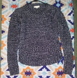 Sweaters - Knitted sweater with a high low hem